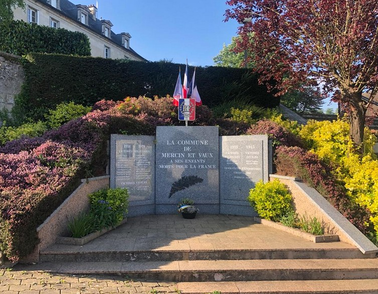 monument morts 25042020